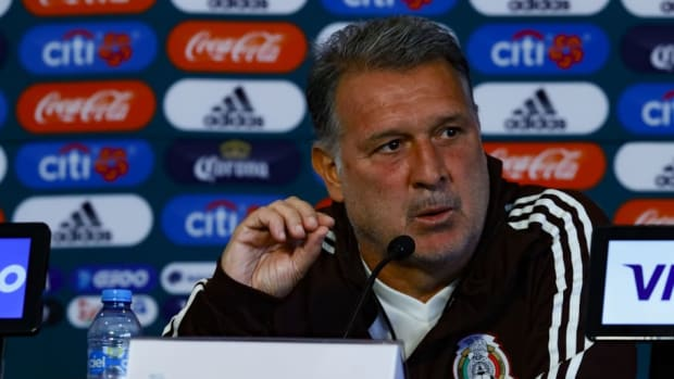mexico-national-team-training-session-press-conference-5c88d1b19a185a6029000001.jpg