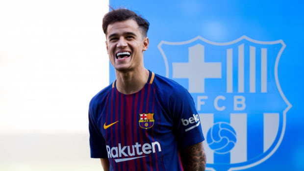 new-barcelona-signing-philippe-coutinho-unveiled-5d5866c717f05bc429000001.jpg