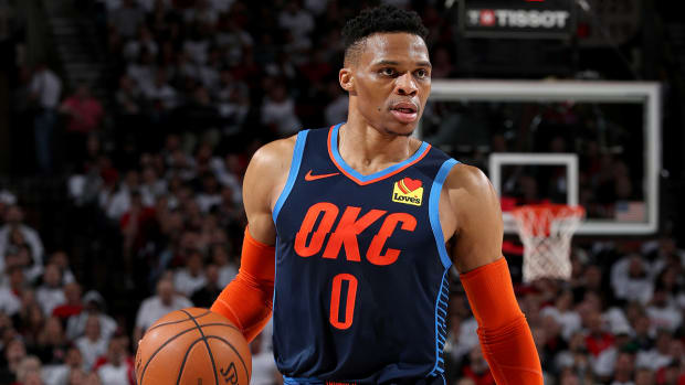 russell-westbrook-thunder-discussing-next-steps.jpg