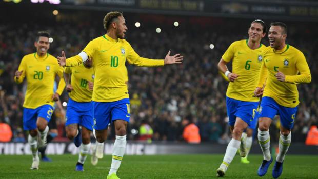 brazil-v-uruguay-international-friendly-5c9f536b2e43168ddf000001.jpg