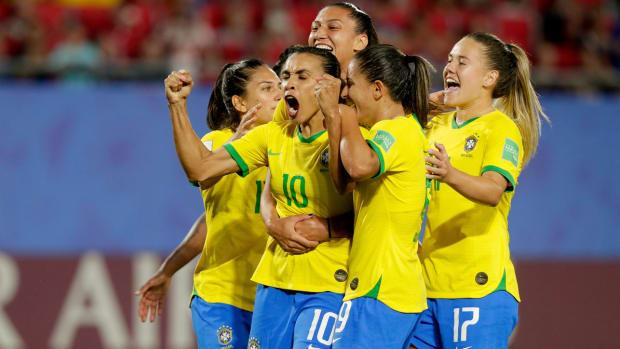 marta-brazil-world-cup-goal-record.jpg