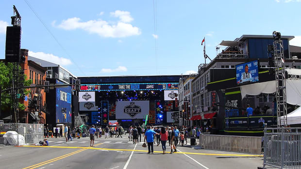 nfl-draft-2019-downtown-nashville.jpg