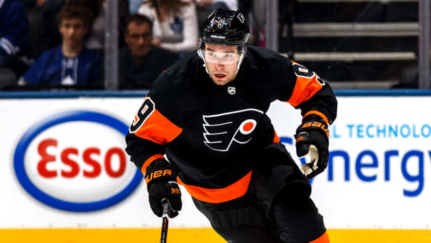 flyers-sign-ivan-provorov-contract.jpg