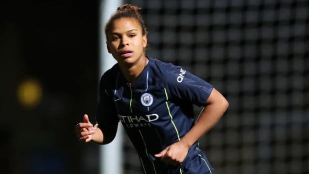 reading-women-v-manchester-city-women-wsl-5c8a2e1626f4241e92000049.jpg