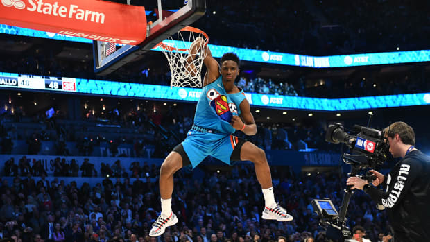 hamidou_diallo_wins_dunk_contest.jpg