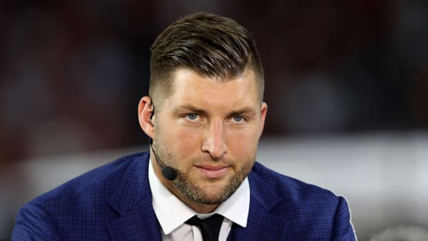 tim-tebow-fair-pay-to-play-act.jpg