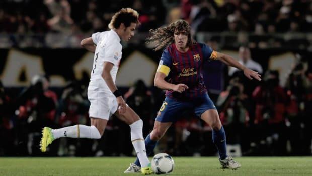 santos-v-fc-barcelona-fifa-club-world-cup-final-5d245ba8e1a4d44957000005.jpg
