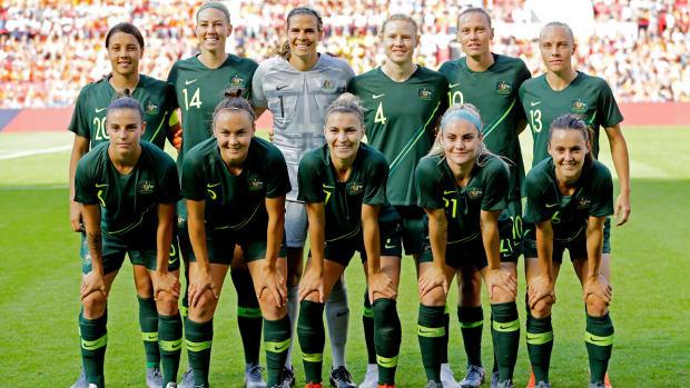 australia-women-soccer-team.jpg