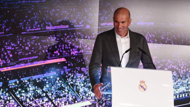 real-madrid-unveil-new-manager-zinedine-zidane-5c877d1cb8a6859d5c000004.jpg