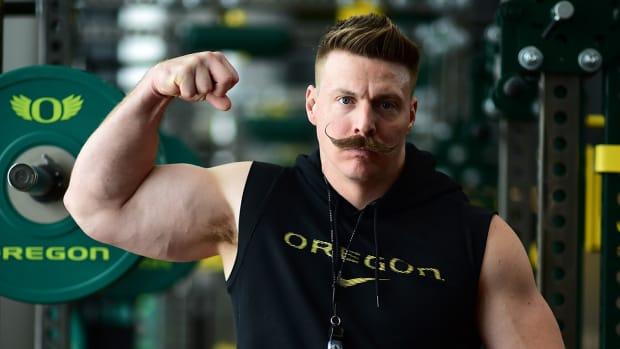 aaron-feld-oregon-workout-video-strength-coach.jpg