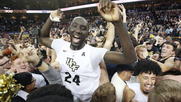 tacko-fall-height-tallest-player-ucf-march-madness.jpg