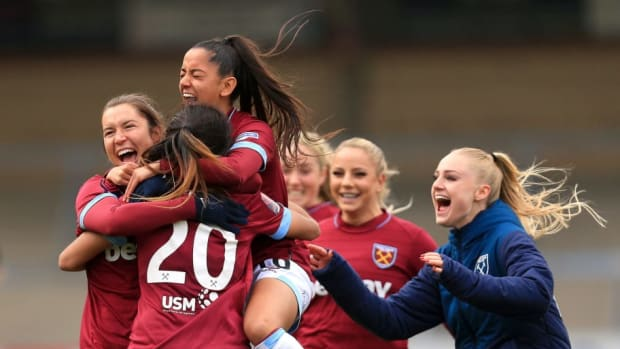 reading-women-v-west-ham-united-ladies-women-s-fa-cup-semi-final-5cb4426da18f530b8c000006.jpg