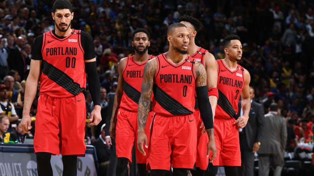 Trail Blazers Chance Against Warriors
