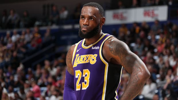lebron-james-questions-lakers-experience.jpg