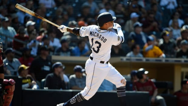 manny-machado-first-home-run-padres.jpg