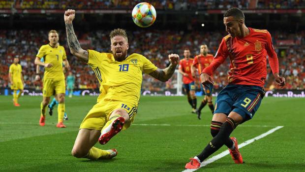 spain-v-sweden-uefa-euro-2020-qualifier-5d568be617f05b3518000002.jpg