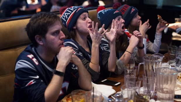 best-places-to-watch-super-bowl.jpg