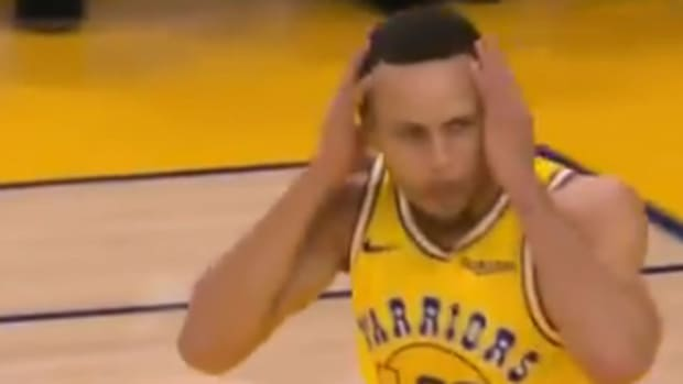 steph-curry-surprised-at-own-dunk-warriors-kings.jpg