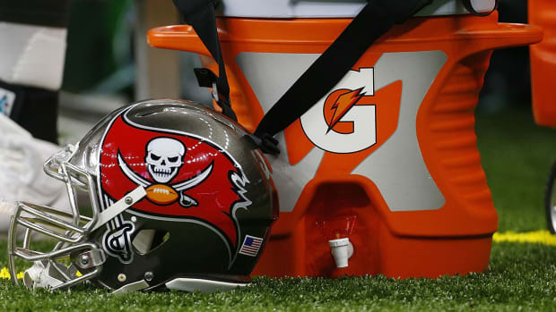 buccaneers-hire-two-female-assistant-coaches.jpg