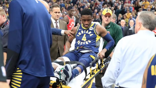Pacers' Victor Oladipo Suffers Serious Knee Injury--IMAGE