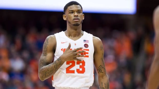 Syracuse Suspends PG Frank Howard Indefinitely for 'Violation of Policy'--IMAGE
