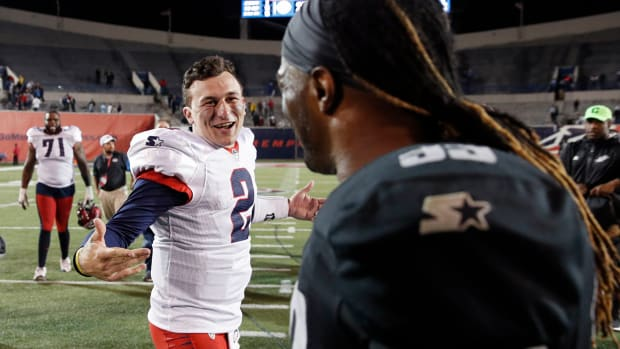 johnny-manziel-oliver-luck-xfl-draft.jpg
