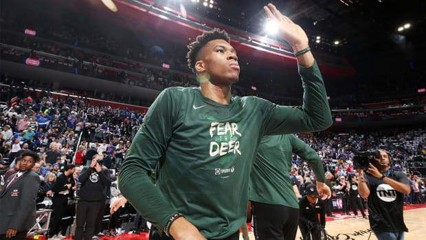 Assessing Giannis Antetokounmpo's Game 1 Struggles