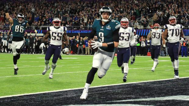 nick-foles-eagles-touchdown.jpg