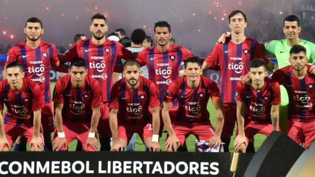 fbl-libertadores-cerroporteno-zamora-team-5ca353a50f9be241db000001.jpg