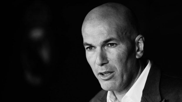 real-madrid-unveil-new-manager-zinedine-zidane-5c878759b8a6850f42000001.jpg