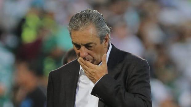 santos-laguna-v-chivas-torneo-apertura-2019-liga-mx-5d36888f3e87b8ba00000002.jpg