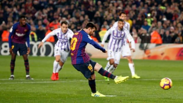 fbl-esp-liga-barcelona-valladolid-5c6967074f228ca9da00003d.jpg