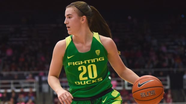 Oregon's Sabrina Ionescu Sets New Division I Single-Season Triple-Double Record - IMAGE