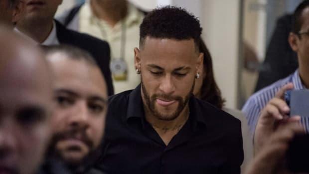 fbl-bra-crime-abuse-accusation-neymar-5d0220f364c8a7f6e9000003.jpg