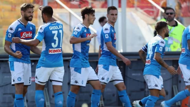 us-lecce-v-ssc-napoli-serie-a-5d878f834568bc011d000026.jpg