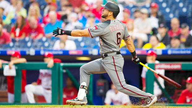 david-peralta-dbacks-phillies-hr.jpg