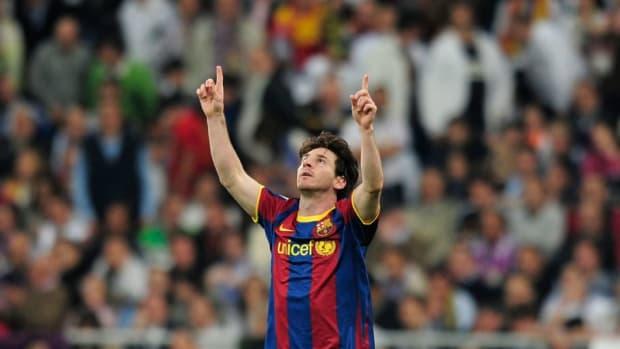 barcelona-s-argentinian-forward-lionel-m-5d10c0157e9026c986000003.jpg
