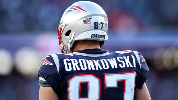 rob-gronkowski-patriots-tight-end-retires.jpg