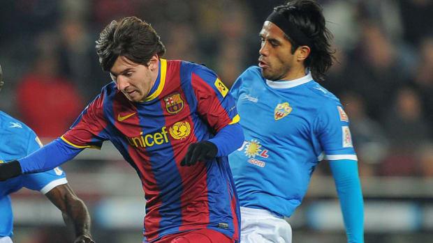 barcelona-s-argentinian-forward-lionel-m-5cd15fa252523fd6c7000001.jpg