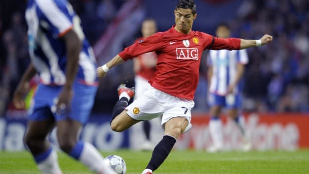 manchester-united-s-portuguese-player-cr-5cb5f546445b644f51000003.jpg