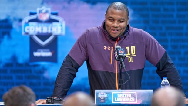 Report: Dexter Lawrence Suffers Apparent Leg Injury During 40-Yard Dash at NFL Combine--IMAGE
