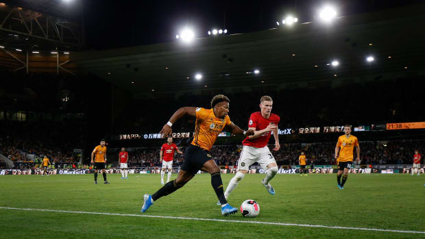 how-to-watch-manchester-united-palce.jpg