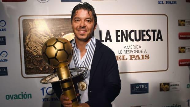 33-la-encuesta-el-pais-football-awards-5c366c15e495e2a72b00001f.jpg