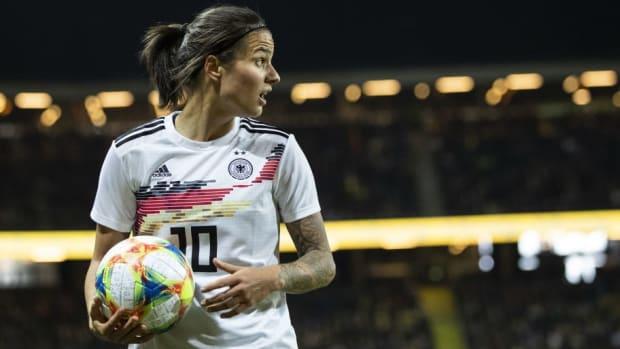 sweden-v-germany-women-s-international-friendly-5ced61b889898b19d0000001.jpg