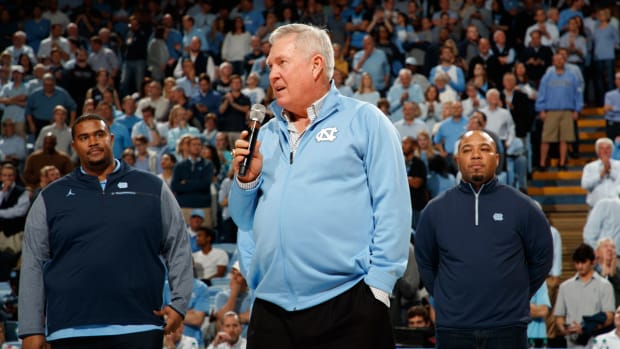 mack-brown-unc-knee-replacement.jpg
