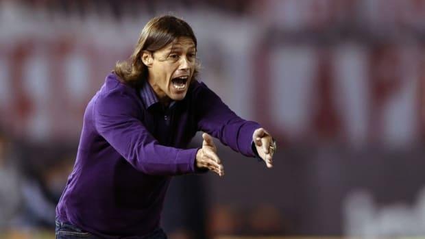 river-plate-s-team-coach-matias-almeyda-5d13e9d3c8a4a7cf7e000001.jpg