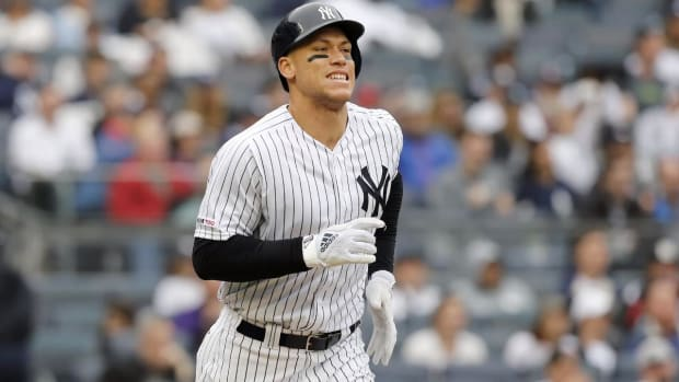 Yankees Place Aaron Judge on Injured List After Suffering Oblique injury - IMAGE
