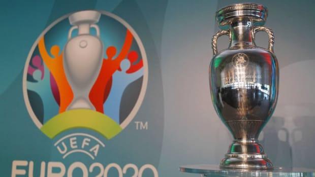 uefa-euro-roma-2020-official-logo-unveiling-5d724a55a0e8a6a242000001.jpg
