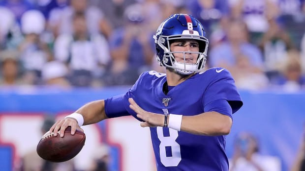 daniel-jones-giants-play-time.jpg