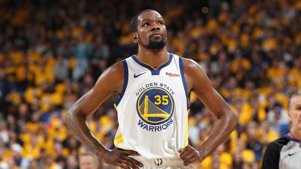 kevin-durant-free-agency-undecided.jpg